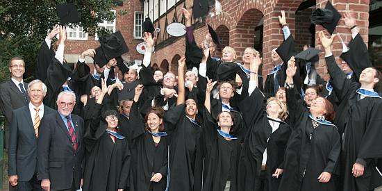 Absolvent_innen des MBA Sustainability Management 2011