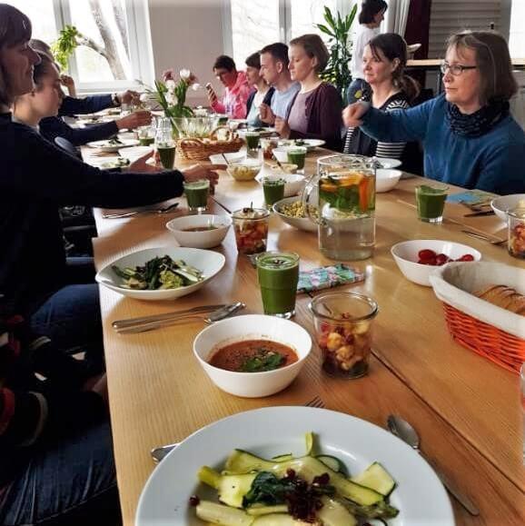 """Köstliches aus Resten, dank dem Start-up """"Zur Tonne""""."""