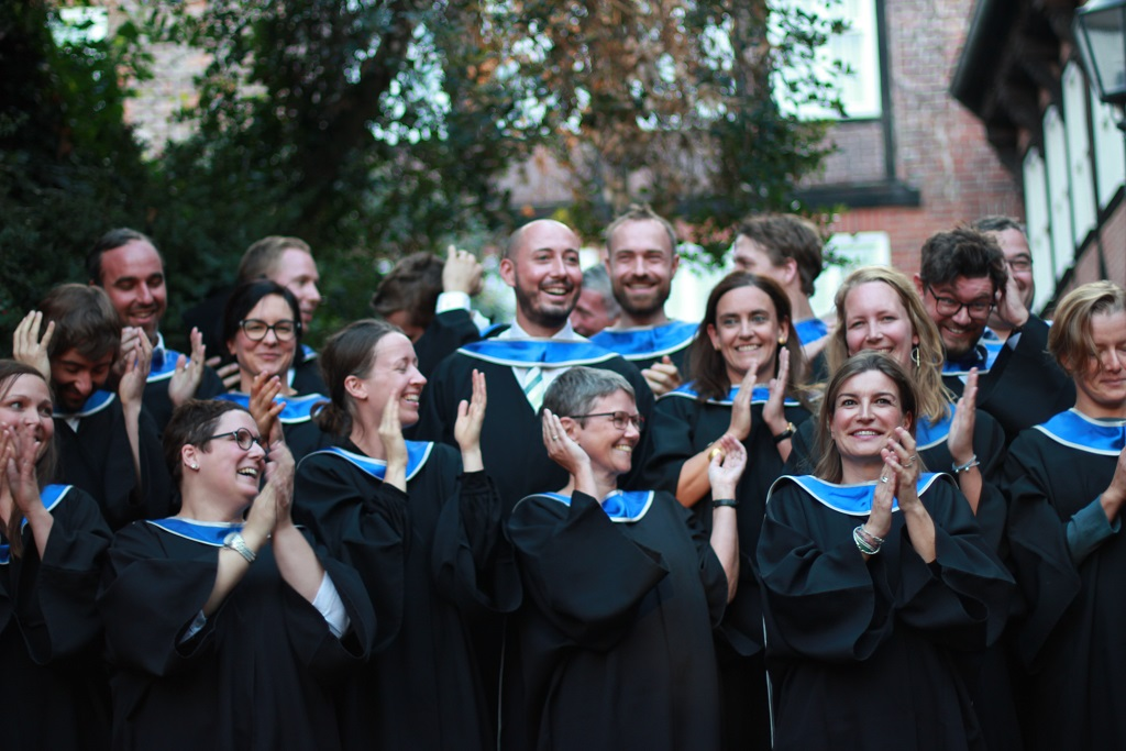 Absolvent*inenn des MBA Sustainability Management 2019