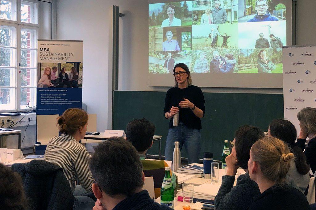 Praxisvortrag von Varena Junge, Enyway, beim MBA Sustainability Management
