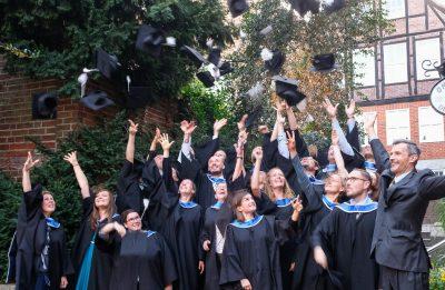 Absolvent*innen des MBA Sustainability Management beim Hutwurf, 2019