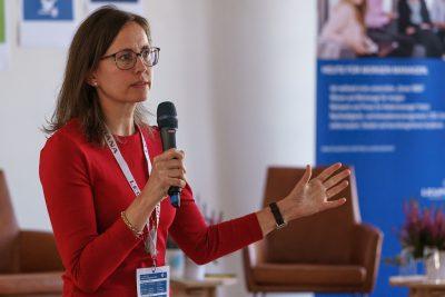 Dr. Saskia Juretzek (Allianz SE) zu SDGs im Nachhaltigkeitsmanagement von Unternehmen